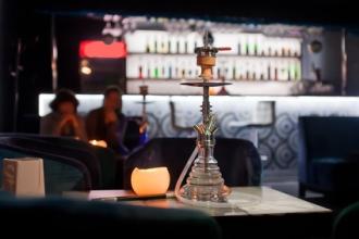 Shisha Bar Tisch